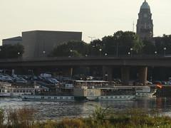 Dresden-0126_1 (pischty.hufnagel) Tags: dresden elbe dampfschiff dampfschifffahrt kurort rathen wende schaufelraddampfschiff schaufelraddampfer