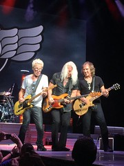 REO Speedwagon (lolamorena) Tags: classic guitar musica muzik music awesomeness awesome tampa venues venue rock band def leppard concert stage performer singer musician people indoor