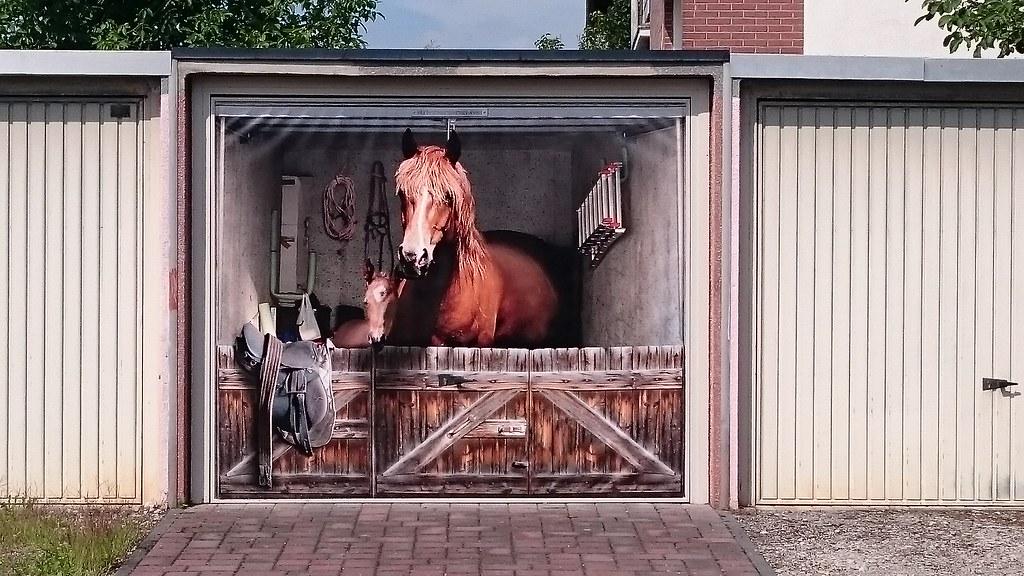Garagentor   Bemalung, Neersen, Deutschland (kiradu) Tags: Germany  Deutschland Garage Nrw