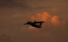G-BWWT Do.328, Edinburgh (wwshack) Tags: sunset scotland edinburgh bluehour edi dornier loganair flybe turnhouse egph do328 edinburghairport gbwwt