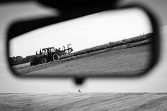 Wczorajsze żniwa I (Kamcia666) Tags: bw traktor natura pola marklowice sierpień żniwa plony