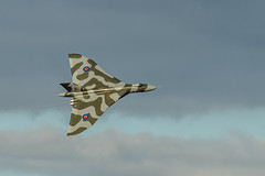 Avro Vulcan banking (Mister Electron) Tags: aircraft aviation airplanes jet airshow vulcan raf aeroplanes coldwar avro aerobatics airdisplay vbomber royalairforce yorkshireairshow churchfenton avrovulcan vulcanbomber nucleardeterrent jetbomber vulcantothesky nikond800 bristololympus