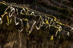 Songe d'octobre. (FrkSorin) Tags: soleil pluie pierres penne mousse lieux météo tuiles valeyres
