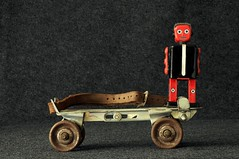 Rollerskate Robot (New Paltz Camera Company) Tags: robot rollerskate rollerskating bob esposito nikon d90 dslr digital camera