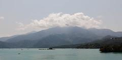 IMG_9980.jpg (Idiot frog) Tags: blue eos sunmoonlake lake sky cloud water nantou 5d2 green canon taiwan 5dmk2 white éæ± é èºç£ç å°ç£ tw