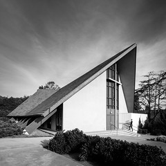 Westminster Presbyterian Church (Chimay Bleue) Tags: richard george wheeler westminster presbyterian church black white hip roof point loma modernist modernism architecture architect design midcentury catalina