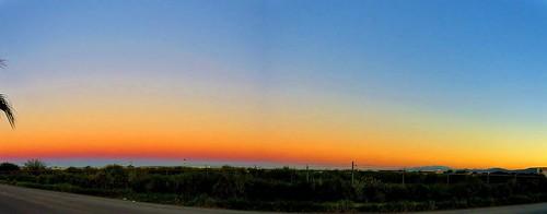 Ocaso.  Escena Oriental/Sunset.  Eastern Scene.