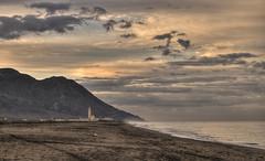 una mañana de Abril (Aristides Díaz) Tags: amanecer cabo de gata playa nubes