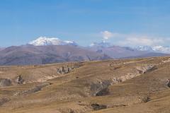 Ampato e Sabancaya (fabioresti) Tags: vulcano ampato sabancaya arequipa per canoneos80d sigma1770 2016 volcano volcan vulcan