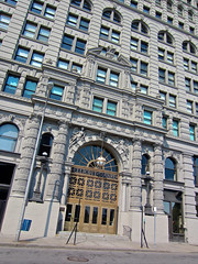 Ellicott Square, Buffalo, NY (Robby Virus) Tags: buffalo newyork ny state upstate ellicott square building entrance front door architecture atwood burnham terra cotta windows offices