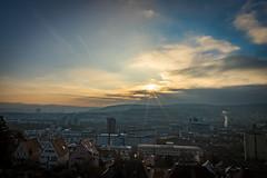 Wintersonne über Stuggi, aufgenommen in der Panoramastraße. (thomasmayer382) Tags: sonnenaufgang sunrise goldenhour goldenestunde stuttgart landscape landschaft sun
