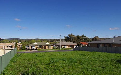 16 Brownleigh Vale Drive, Inverell NSW 2360
