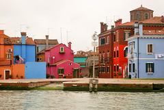 Murano III (Leandro Fridman) Tags: murano venecia canales airelibre edificios casas arquitectura italia nikon d60