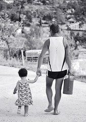 Memories... (nicomadrid12) Tags: summer bw memories uncle niece france provence relax garden kid