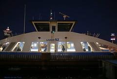 Avondpont (Maurits van den Toorn) Tags: veer pont ferry fhre gvb amsterdam avond evening night