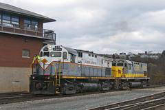 LL-1 at Bridge 60 (Erie Limited) Tags: dl delawarelackawanna alco c424 dl2403 scrantonpa c420 lv414 lehighvalley