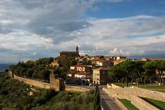 Montalcino.  Apres la pluie (moscouvite) Tags: heleneantonuk italie toscana voyage sonydslra450
