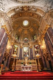 Berliner Dom: Altar