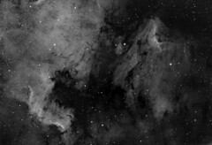 NGC7000 in Ha 2 Pane Mosaic (Ian Aiken) Tags: astrometrydotnet:status=solved astrometrydotnet:id=nova1295009