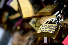 C'est l'amour... (Martina Brigliadoro) Tags: paris love keys lock amour forever ensemble amore parigi lucchetto