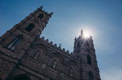 (DhkZ) Tags: sun canada church cathedral quebec montreal basilica notredame ricohgr sunstar