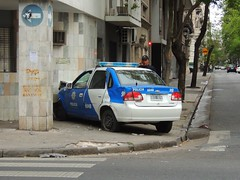 DSCN1279 (Alejandro Gabriel Alonso) Tags: chevrolet argentina argentine corner cops crash police esquina rosario policecar emergency polizei choque corsa polcia polis polizia emergencia emergncia polica policja poliisi argentinien policie polisi patrulla pulizija 6048 colisin patrullero chevroletcorsa policecrash