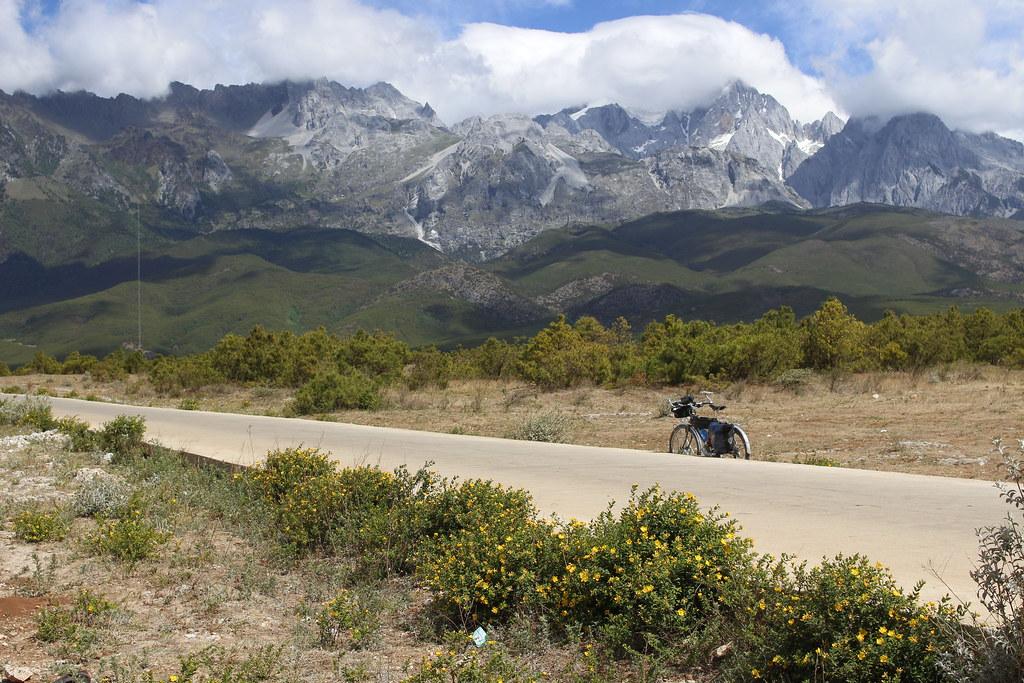 中国 雲南省 麗江 標高5596mの玉龍雪山