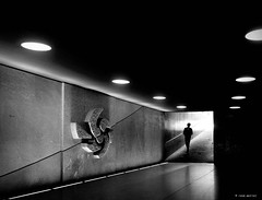 Welcome in the new word (Ren Mollet) Tags: aarau bahnhof man renmollet blackandwhite bw mainstation monchrom underground street streetphotography shadow silhouette