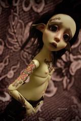 Mousse (Vali.Tox.Doll) Tags: lou nefer kane neferkane circuskane circus ckdolls bjd ball jointed doll balljointeddoll photo elf green wig fur custom makeup tattoo tattoos