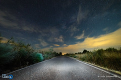 El Camino (Ivn Calamonte) Tags: elcamino carretera road estrellas stars espaa extremadura mrida nubes skyscape sky nightscape clouds longexposure largaexposicin nightphotography nocturna noche ngc