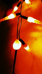 IMG_3772 (peeano) Tags: lights warmth chillin