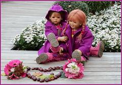 Ein kleines Dankeschn-Herz fr Sigrid ... (Kindergartenkinder) Tags: dolls himstedt annette kindergartenkinder essen park gruga herbst kind personen blumen outdoor milina sanrike