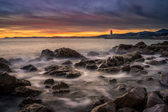 Nice Sun set (.remfer06) Tags: sony canonfd cotedazur ciel mer sea seaside longuepose longexposure sunset phare lighthouse rochets rocks vagues waves 35mm a7 nice frenchriviera france french harbour port