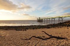 Golden Hour in Clevedon (Baker_1000) Tags: 2016 clevedon sunset dusk evening beach pier clevedonpier nikon d90 nikond90 goldenhour magichour magiclight somerset northsomerset