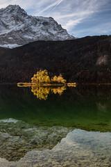 Eibsee (MC-80) Tags: eibsee zugspitze sonnenaufgang sunrise mountain berge grainau bayerisches oberland garmischpartenkirchen spiegelung refelctions outdoor landschaft abhang hgel berg