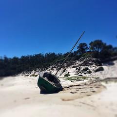 Passage Beach. Shipwreck.