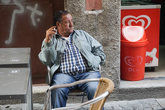 Chilling with a sigarette - Porto (DecaFlea) Tags: porto portugal portogallo oporto street people sony mirrorless sigarette chill chilling relaxing relax