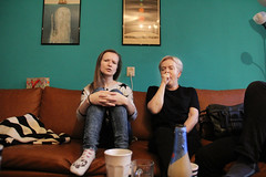 Family in the morning , Amsterdam 27.11.2016 (szogun000) Tags: amsterdam netherlands nederland house home interior flat mum sis mother sister people family noordholland northholland canon canoneos550d canonefs18135mmf3556is