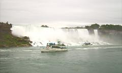 Niagara Wasserfall - USA (Christoph Scholz) Tags: niagara niagarafälle usa kanada wasserfall boote