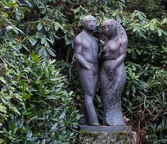 ohne Titel (wpt1967) Tags: 26112016 bielefeld canoneos6d eos60d friedhof grabmal sennefriedhof statue canon100mm graveyard wpt1967