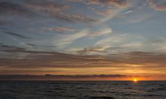 Zachd soca (Nieogolony) Tags: przemysaw karpiski nikon d5100 nieogolony niebo morze sea soce sun sunset sky statek polacy polska d boat woda natura flickr zachd soca cloud