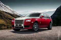 Rolls-Royce Cullinan (Nike_747) Tags: naksphotographydsign rollsroyce cullinan supercar hypercar supersuv hypersuv super hyper car suv sportscar sport class exotic rare luxury color auto twotone 4x4 allwheeldrive brandnew rocks lake sky clouds winter snow ice green trees project concept twinturbocharged v12 crossover coupe roadster hypersport red silver blue white black carbon fibre suicide doors spirit ecstasy rr