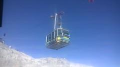 Davos - Weissfluh 2834 m (Seesturm) Tags: alps garden schweiz davos alpen helvetia garten ch weissfluhjoch kurort bergbahn 2015 graubnden alpenblumen alpenflora weissfluh bergbahnen weissfluhgipfel seesturm kabinenseilbahn