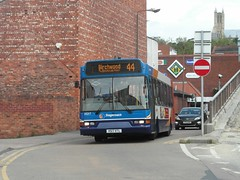 33217 V517XTL Lincoln on 4 (1280x960) (dearingbuspix) Tags: stagecoach 33217 stagecoachlincolnshire stagecoacheastmidlands v517xtl stagecoachlincolnshireroadcar