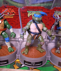"Nickelodeon ""HISTORY OF TEENAGE MUTANT NINJA TURTLES"" FEATURING LEONARDO -  TMNT 2k3 LEONARDO ii (( 2015 )) (tOkKa) Tags: 2005 toys comic 1988 2006 1993 1992 leonardo figures toysrus 2012 2007 teenagemutantninjaturtles tmnt nickelodeon 2014 2015 displaystand playmatestoys ninjaturtlesthenextmutation toysrusexclusive tmntfastforward toontmnt tmntmovie4 turtlemilkstudios eastmanandlairdsteenagemutantninjaturtles moviestartmnt varnerstudios toonleo paramountteenagemutantninjaturtles 4kidstmnt paramountsteenagemutantninjaturtles tmnt2003 historyofteenagemutantninjaturtlesfeaturingleonardo davearshawsky tmnt2014movie"