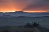 Sunrise on Fire (MrBlackSun) Tags: tuscany villa belvedere pienza valdorcia quirico sanquiricodorcia villabelvedere sanqurico