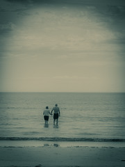 Ma & Pa (cheezepleaze) Tags: love beach couple together sharing ageing