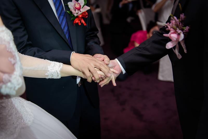 國賓婚攝,台北國賓,國賓飯店婚宴,新秘Miko ,婚攝小勇,台北婚攝, 愛瑞思新娘秘書造型團隊,西敏英國手工婚紗,小寶工作室-028