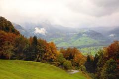 Giswiler Stock in Wolken (Alexander Burkhardt) Tags: giswil schweiz obwalden hrebst wald baum farbe alpen