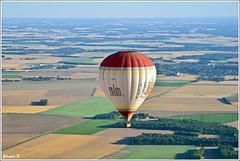 GLD_4692 (gerald.kreutzer) Tags: couleur chateau eau air france montgolfière 77 77300 fontainebleau lorrez bocage montereau balade hauteur vol
